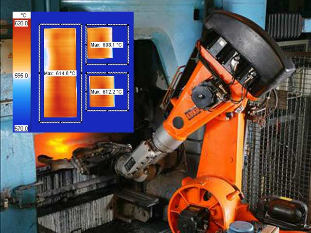 In the production process of flaat steel in a steel mill not only the temperature of the workpiece is important. Also the position, size and quantity of hot steel workpieces can be detected and analyzed with the DIAS infrared camera and the thermography software PYROSOFT
